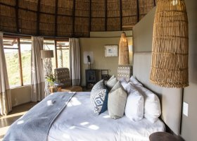 jihoafricka-republika-hotel-gondwana-game-lodge-036.jpg