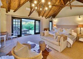 jihoafricka-republika-hotel-lobengula-lodge-004.jpg