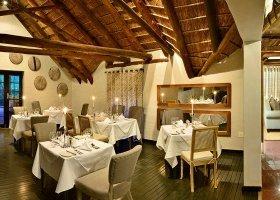 jihoafricka-republika-hotel-lobengula-lodge-005.jpg