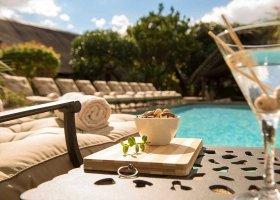 jihoafricka-republika-hotel-lobengula-lodge-010.jpg