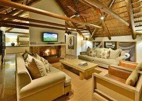 jihoafricka-republika-hotel-lobengula-lodge-012.jpg