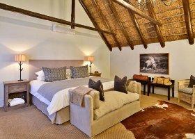 jihoafricka-republika-hotel-lobengula-lodge-013.jpg