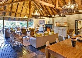 jihoafricka-republika-hotel-lobengula-lodge-015.jpg