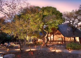 jihoafricka-republika-hotel-ngala-safari-lodge-006.jpg