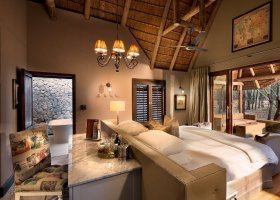 jihoafricka-republika-hotel-ngala-safari-lodge-008.jpg
