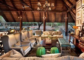 jihoafricka-republika-hotel-ngala-safari-lodge-009.jpg