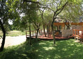 jihoafricka-republika-hotel-shumbalala-game-lodge-077.jpg