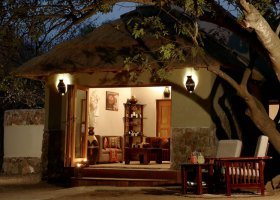 jihoafricka-republika-hotel-thornybush-game-lodge-016.jpg