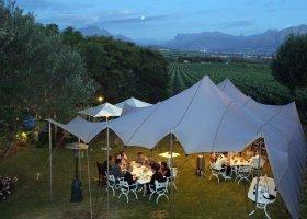 jihoafricka-republika-hotel-wedge-view-country-house-007.jpg