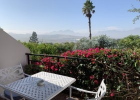 jihoafricka-republika-hotel-wedge-view-country-house-015.jpg