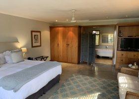 jihoafricka-republika-hotel-wedge-view-country-house-017.jpg