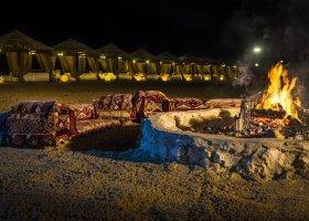 katar-hotel-regency-sealine-camp-008.jpg