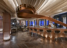 katar-hotel-ritz-carlton-doha-011.jpg