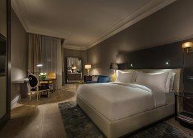 katar-hotel-ritz-carlton-doha-013.jpg