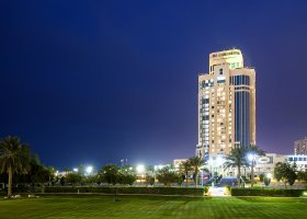 katar-hotel-ritz-carlton-doha-020.jpg