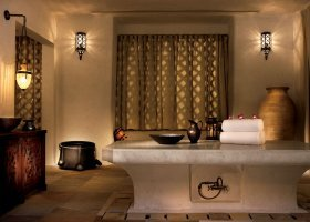 katar-hotel-sharq-village-spa-by-ritz-carlton-023.jpg