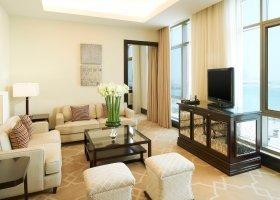 katar-hotel-the-st-regis-doha-014.jpg