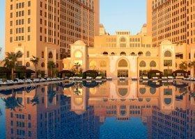 katar-hotel-the-st-regis-doha-034.jpg