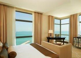 katar-hotel-the-st-regis-doha-044.jpg