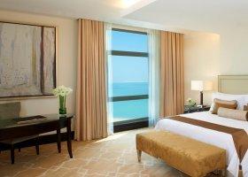 katar-hotel-the-st-regis-doha-045.jpg