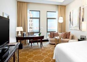 katar-hotel-the-st-regis-doha-047.jpg