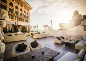 katar-hotel-the-st-regis-doha-087.jpg