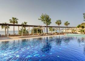 kypr-hotel-columbia-beach-resort-149.jpg