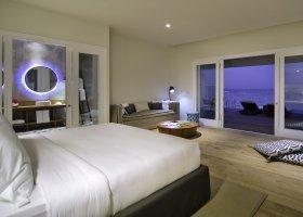 maledivy-hotel-amilla-fushi-169.jpg