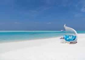 maledivy-hotel-anantara-dhigu-resort-127.jpg
