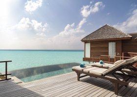 maledivy-hotel-anantara-dhigu-resort-142.jpg
