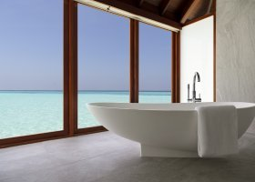 maledivy-hotel-anantara-dhigu-resort-146.jpg
