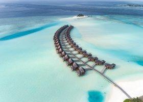 maledivy-hotel-anantara-dhigu-resort-151.jpg
