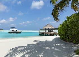 maledivy-hotel-anantara-dhigu-resort-168.jpg