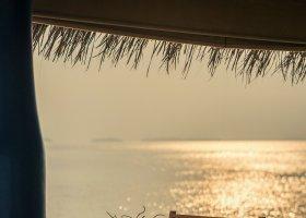 maledivy-hotel-anantara-kihavah-012.jpeg