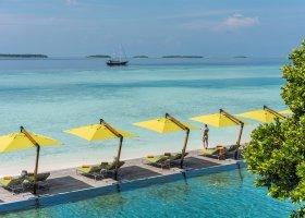 maledivy-hotel-anantara-kihavah-021.jpeg