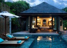 maledivy-hotel-anantara-kihavah-041.jpeg