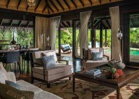maledivy-hotel-anantara-kihavah-047.jpeg
