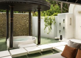 maledivy-hotel-anantara-kihavah-048.jpg