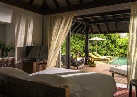 maledivy-hotel-anantara-kihavah-049.jpg