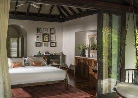 maledivy-hotel-anantara-kihavah-050.jpg