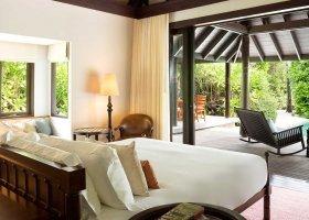 maledivy-hotel-anantara-kihavah-054.jpeg