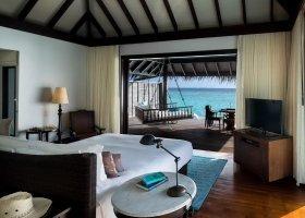 maledivy-hotel-anantara-kihavah-061.jpg