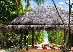 maledivy-hotel-anantara-kihavah-066.jpeg