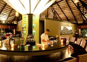 maledivy-hotel-angsana-velavaru-014.jpg