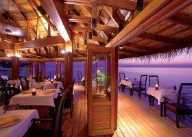 maledivy-hotel-angsana-velavaru-027.jpg