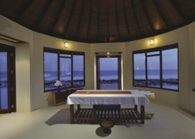 maledivy-hotel-atmosphere-kanifushi-055.jpg