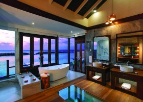 maledivy-hotel-atmosphere-kanifushi-105.jpg