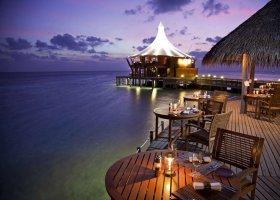 maledivy-hotel-baros-maldives-109.jpg