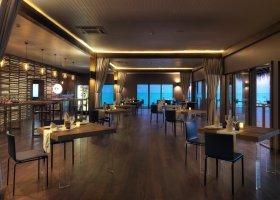 maledivy-hotel-cocoon-maldives-005.jpg