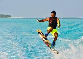 maledivy-hotel-cocoon-maldives-007.jpg